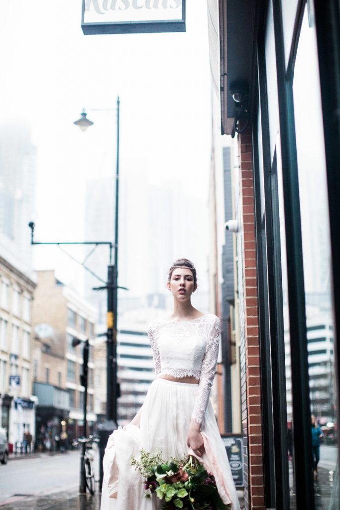 city hearts wild souls bride and tonic natural pretty wedding hair and makeup kylie mcmichael east london wedding